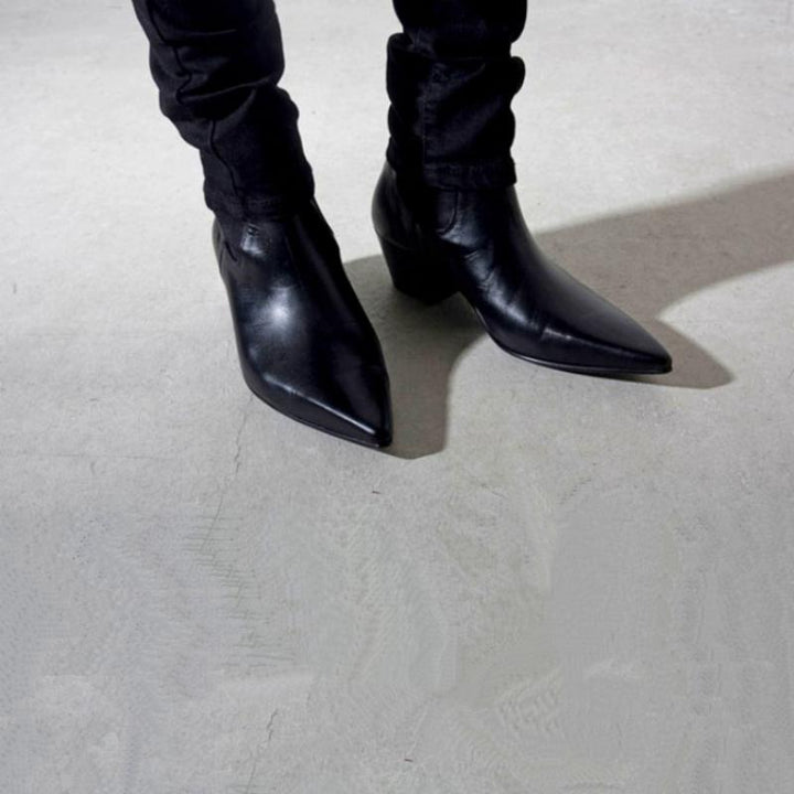 Men's Spring/Autumn Genuine Leather Boots With Pointed Toe
