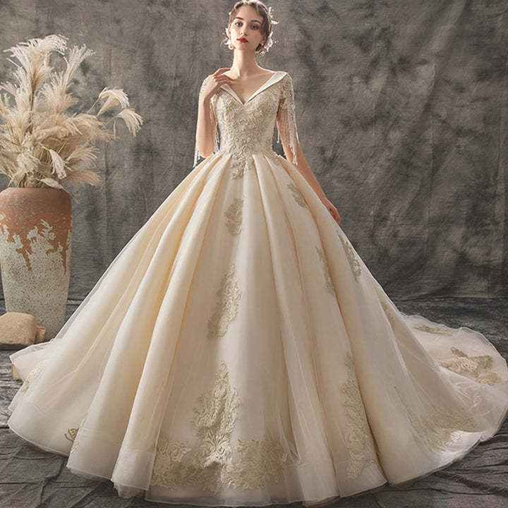 Women's V-Neck Lace-Up Wedding Dress With Chapel Train