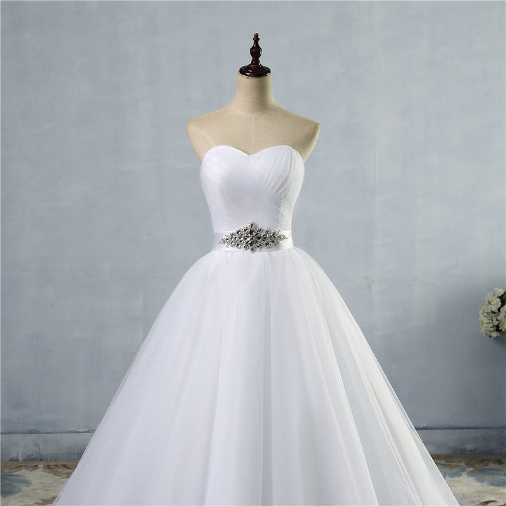Women's Sleeveless Off-Shoulder Wedding Dress With Lace-Up