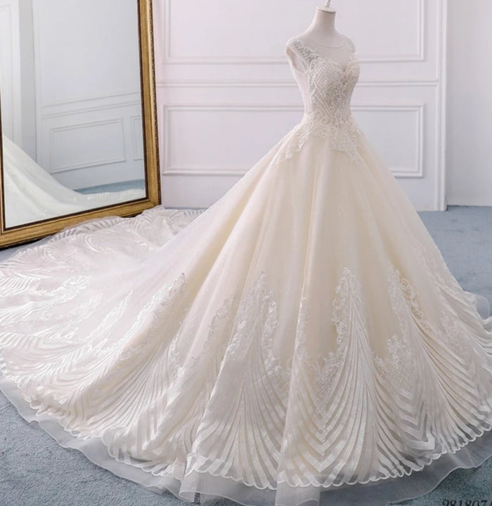 Women's Beaded Lace Wedding Dress With Chapel Train
