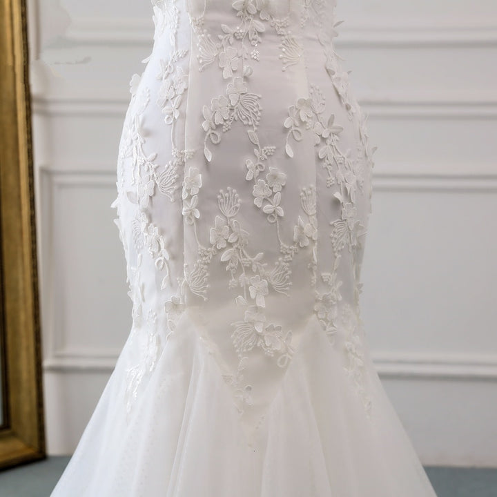 Women's Lace-Up Long Wedding Dress With Lace