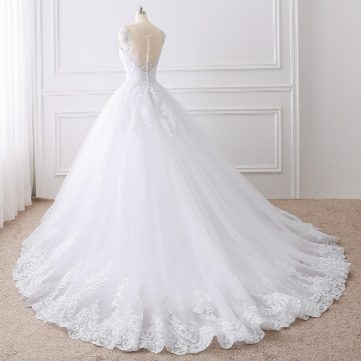 Women's Lace O-Neck Sleeveless Long Wedding Dress