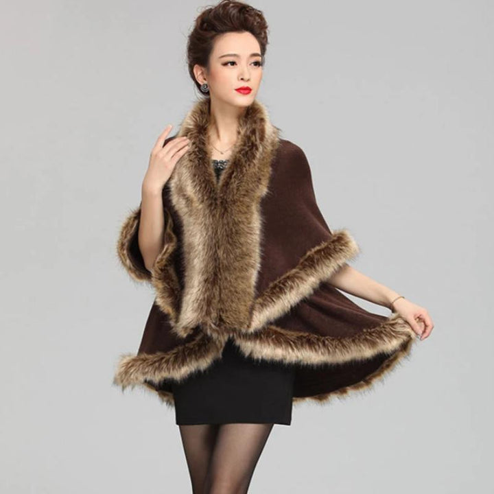 Women's Winter O-Neck Poncho With Fake Raccoon Fur