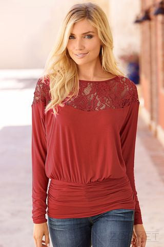 Women's Fashionable Blouse With Lace - Zorket