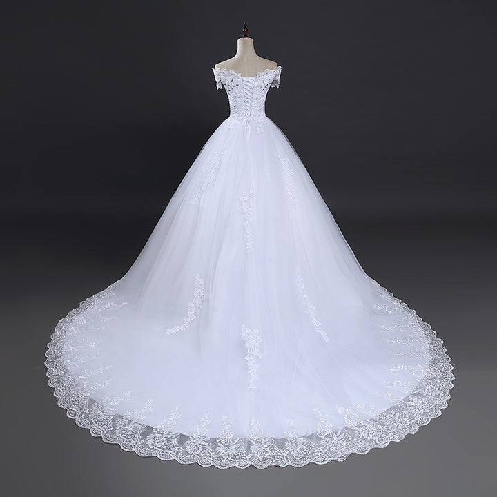 Women's Off-Shoulder Sleeveless Wedding Dress With Court Train