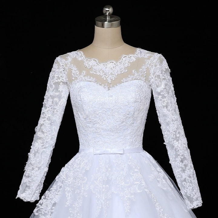 Women's O-Neck Long Lace Wedding Dress With Court Train
