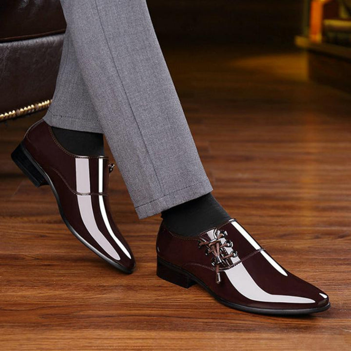 Men's Breathable Leather Shoes With Pointed Toe