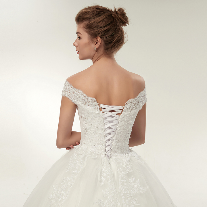 Women's Off-Shoulder Lace-Up Long Wedding Dress With Appliques