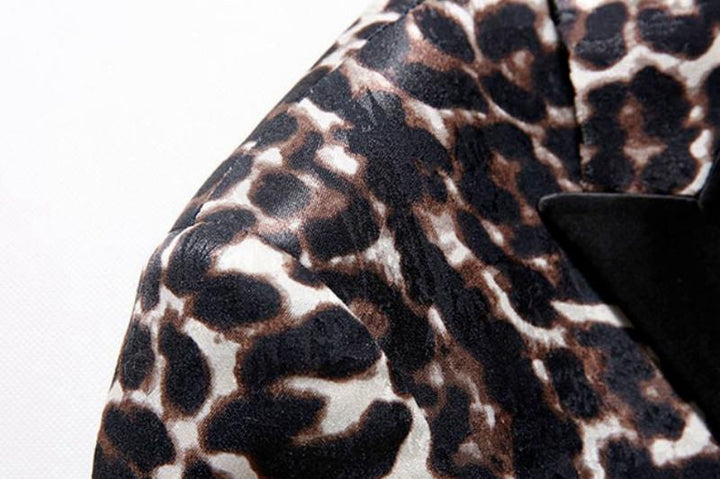 Men's Slim Fit Suit With Leopard Print