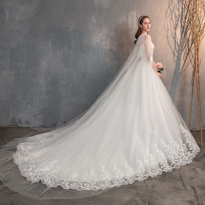 Women's Lace Long Wedding Dress With Brush Train