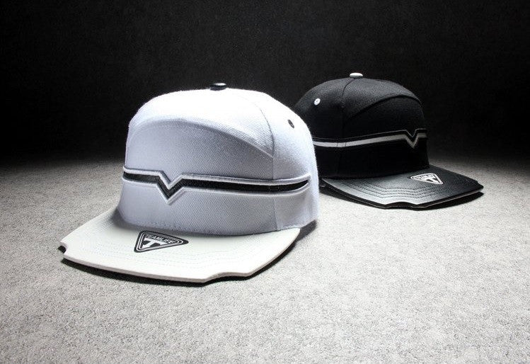 Men's / Women's Black And White Stylish Snapback - Zorket