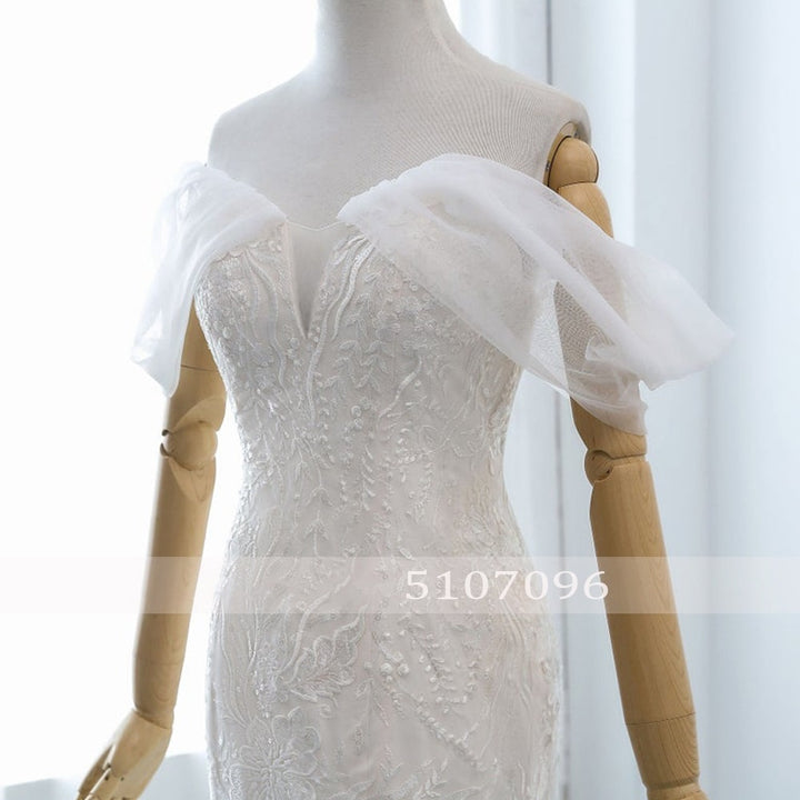 Women's Off-Shoulder Long Wedding Dress With Brush Train