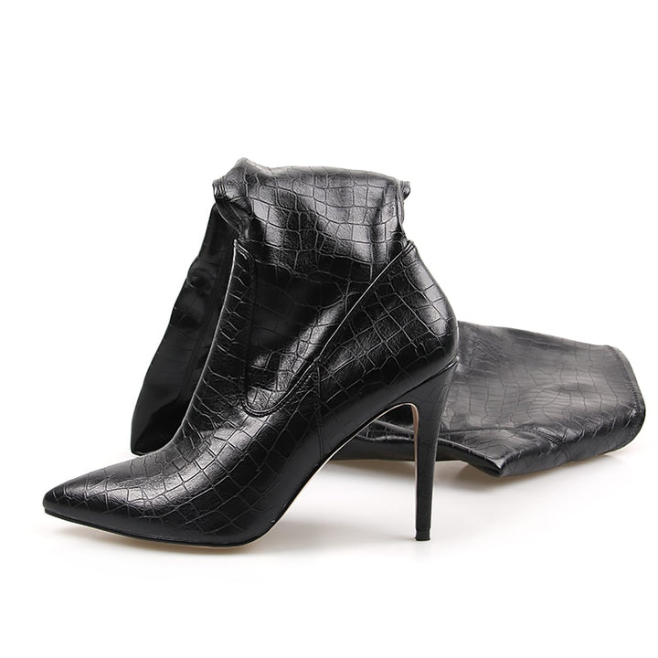 Women's Pleated High Boots With Pointed Toe
