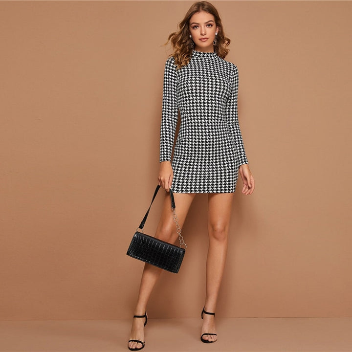 Women's Spring Sheath Long-Sleeved Mini Dress With Plaid Print
