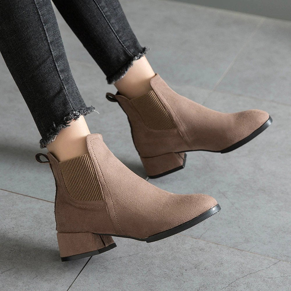 Women's Winter Heeled Slip-On Ankle Chelsea Boots