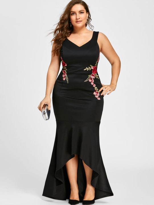 Women's Summer V-Neck Evening Maxi Dress With Floral Embroidery