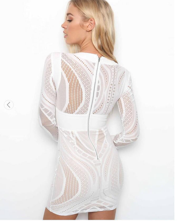 Women's Summer Lace Long-Sleeved V-Neck Dress With Back Zipper