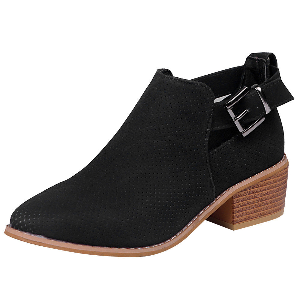 Women's Winter Square-Heeled Ankle Boots With Buckles