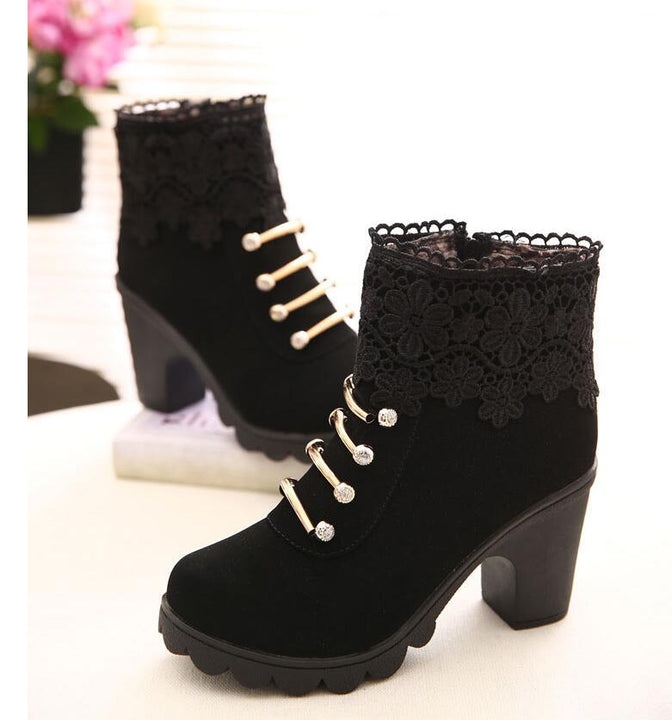Women's Winter PU Leather Round Toe Ankle Boots Decorated With Lace