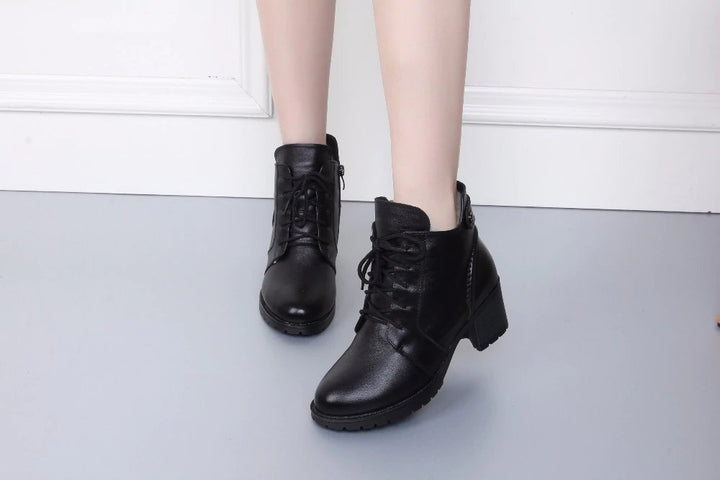 Women's Winter Soft Genuine Leather Ankle Boots With Fur Inside