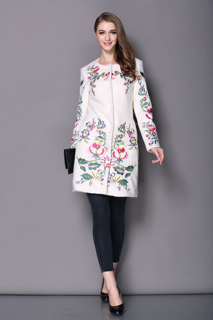 Women's Coat Embroidered Neck Long Sleeved - Zorket