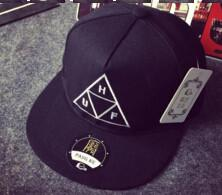 Men's / Women's Embroidered Snapback
