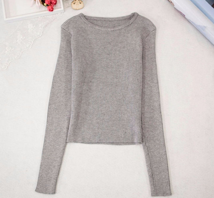 Women's Knitted Short Top With Long Sleeves - Zorket