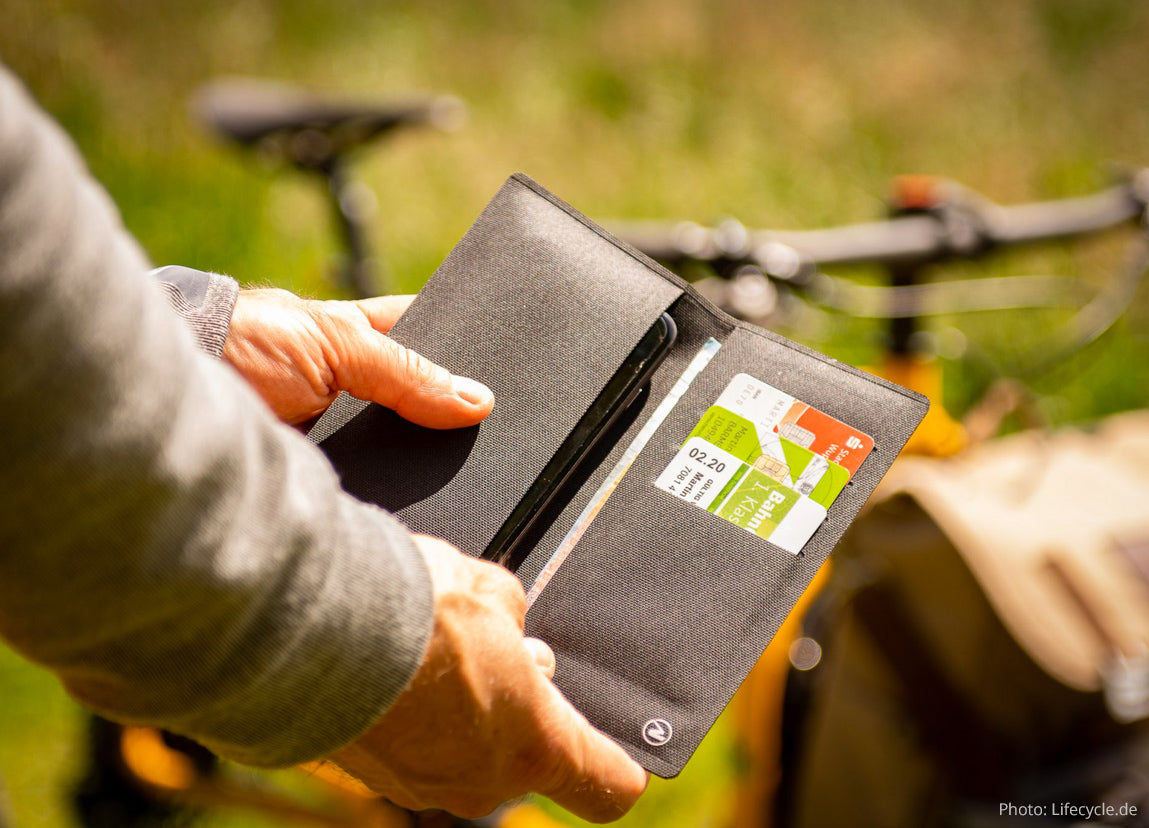 lifecycle test review zilfer phone wallet