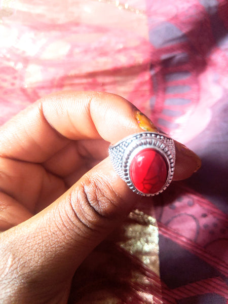 CATFACE VINTAGE:  FASHION SILVER RING: HEALING RED STONE