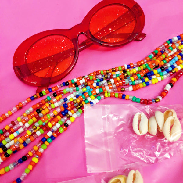 CATFACE SPARKLY STRAWBERRY SUNGLASSES ONE SIZE