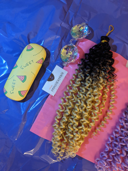 BLACK BLONDE OMBRE BULK BEACH CURLY HAIR -  CROCHET BRAIDS 24 INCHES CATFACE HAIR