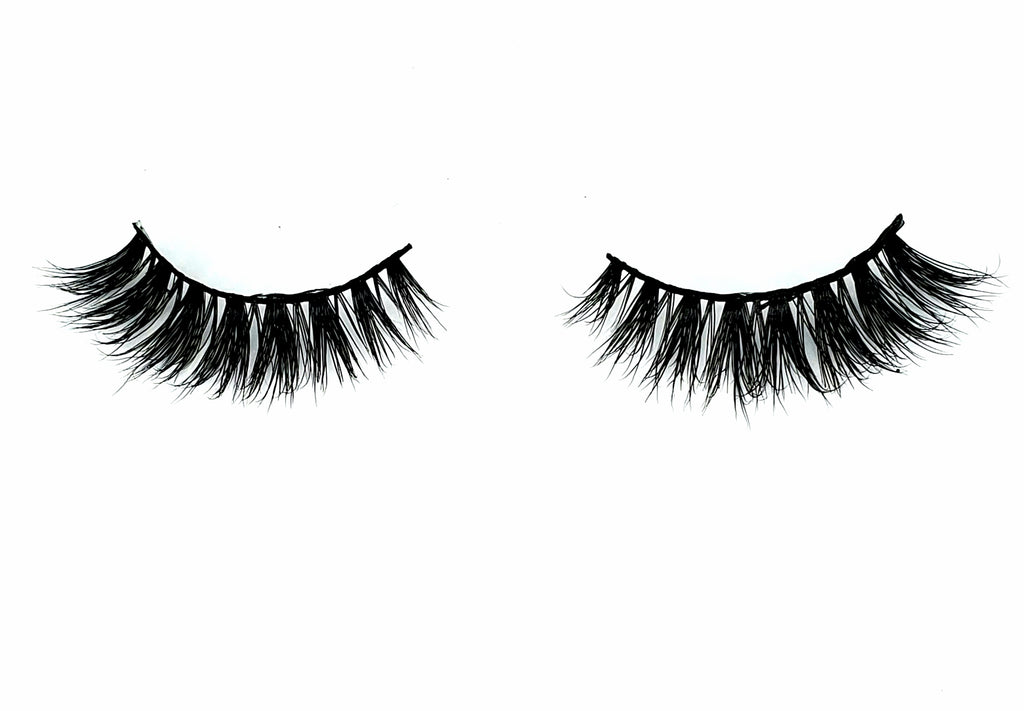 CHIQUITA LASHES - Eye-Am Conchita