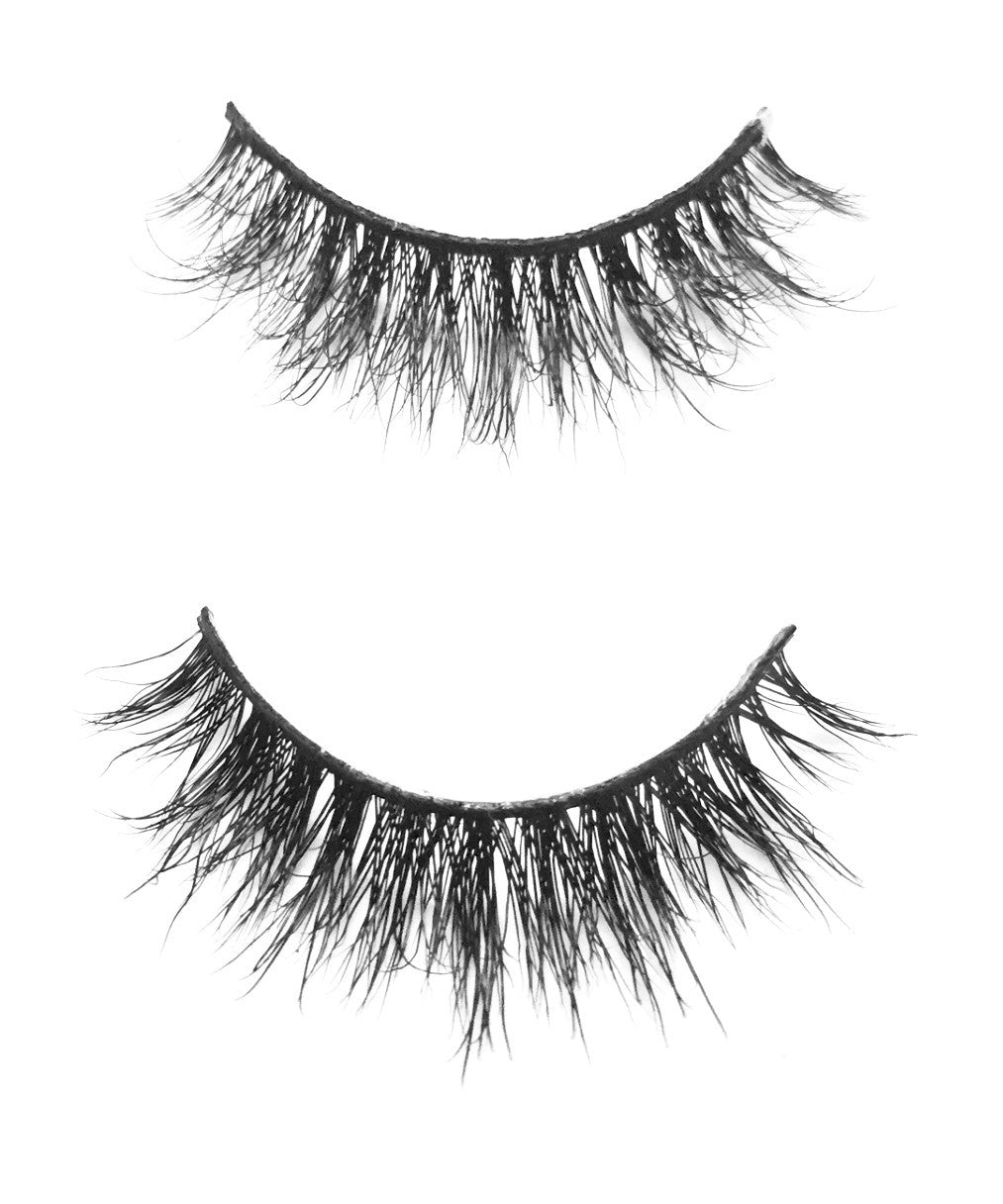 SORAJA LASHES - Eye-Am Conchita