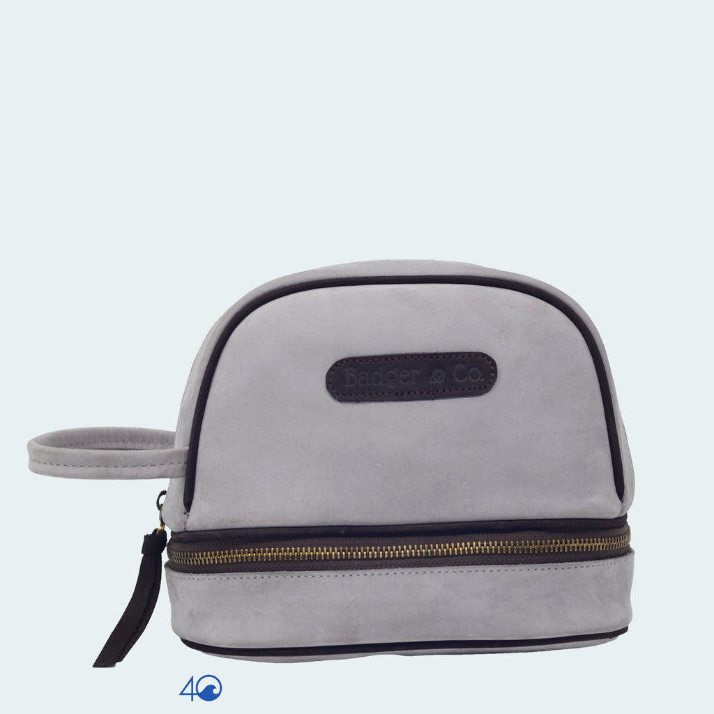 Signature - Voyager Toiletry Bag