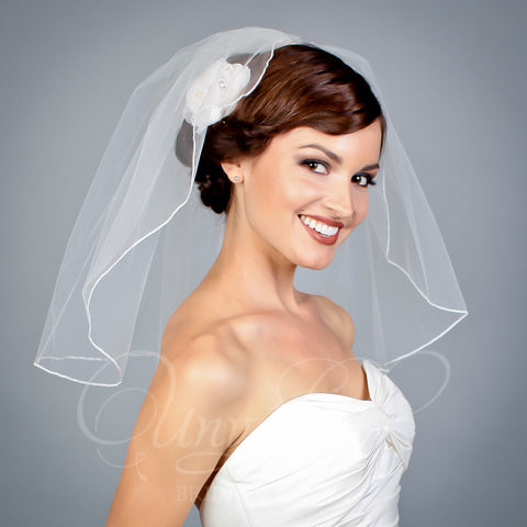 1 tier illusion flyaway veil with beaded comb