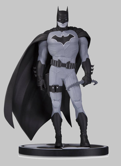 Batman Black & White Statue: Batman by John Romita Jr.