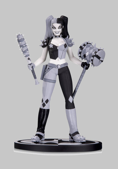 Batman Black & White Statue: Harley Quinn by Amanda Conner