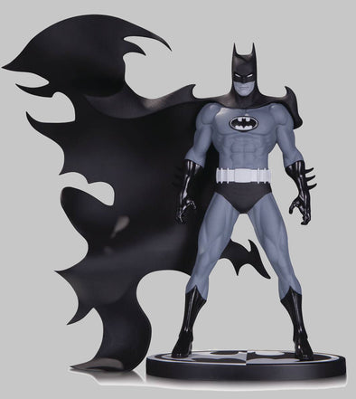 Batman Black & White Statue: Batman by Norm Breyfogle
