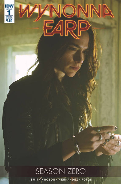 Wynonna Earp: Season Zero (2017) #01 (Photo Variant)