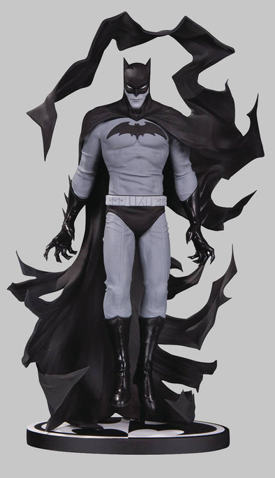 Batman Black & White Statue: Batman by Becky Cloonan