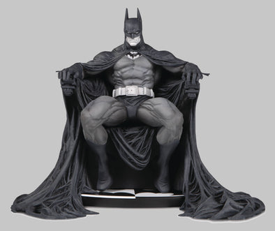 Batman Black & White Statue by Marc Silvestri