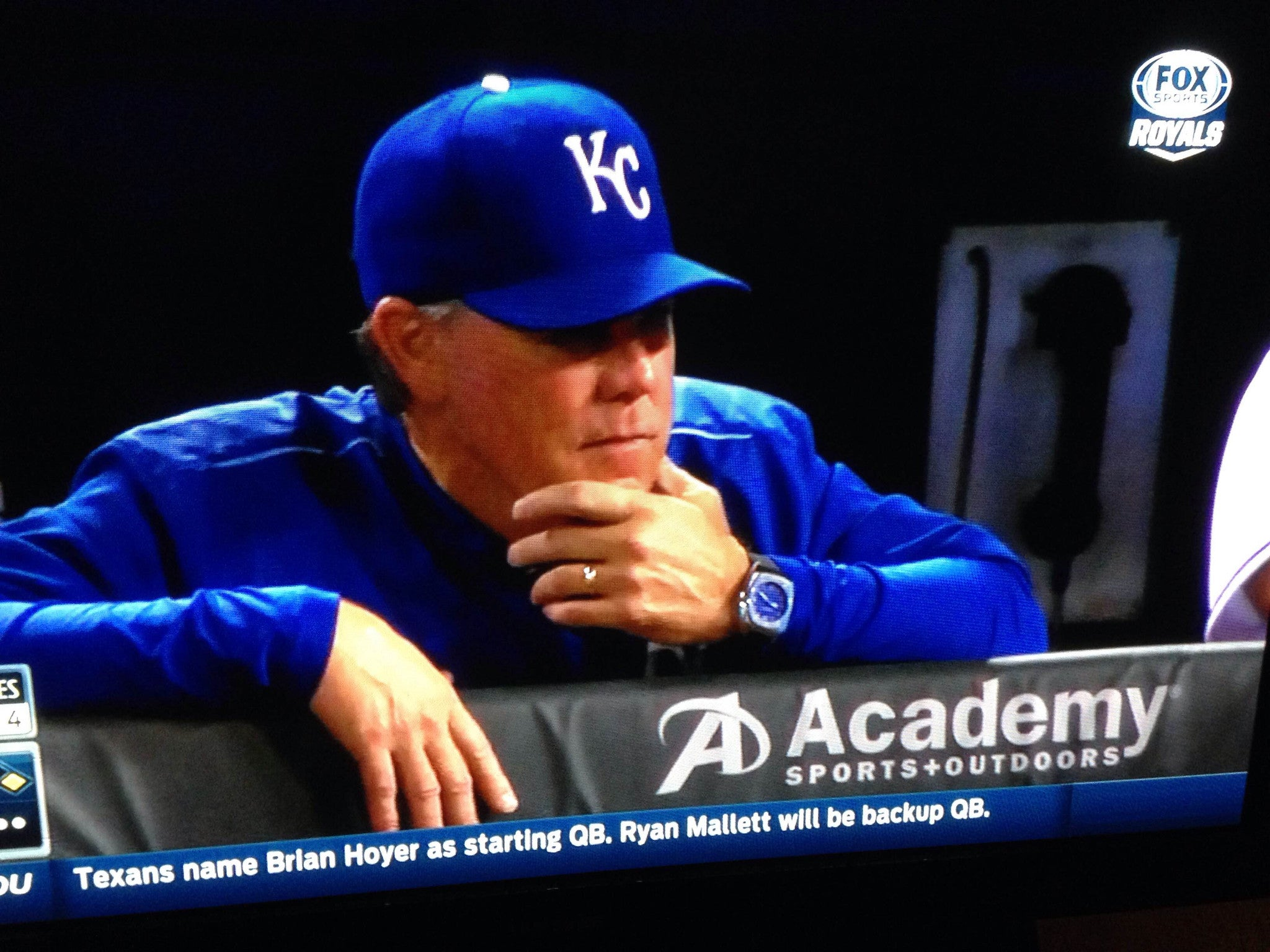 ROYALS' MANAGER NED YOST REPLACES APPLE WATCH WITH CUSTOM NIALL ONE.3