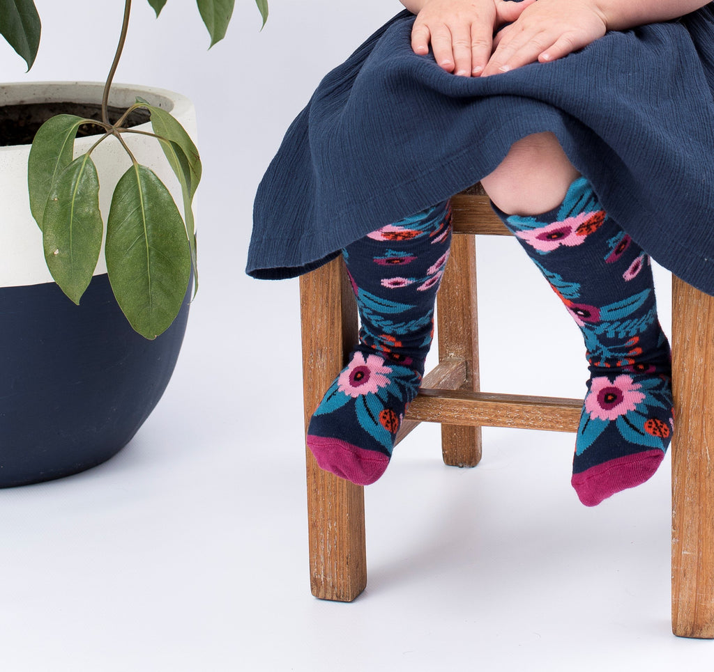 Girls Eco Cotton Llama crazy socks.