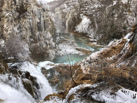 Uppermoda visits Plitvice Lakes in the Winter