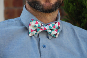 A Touch of Fuchsia Bow Tie Bow Tie Uppermoda