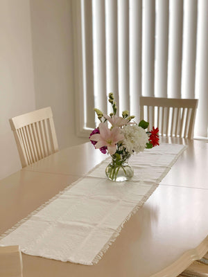 Croatian Table Runner 35cm x 140cm - White Hearts Table Runner Uppermoda