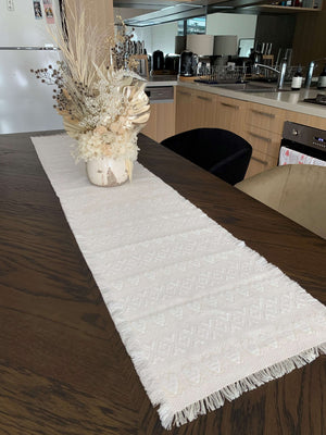 Long Croatian Table Runner 34cm x 170cm - White Hearts Uppermoda
