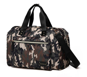 This Colorland Zanda Camouflage Diaper Bag has ample storage compartments for bottles, diapers, snacks, toys and valuables.