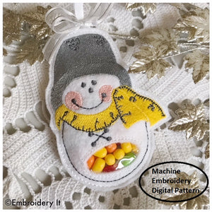 Sewing snowman machine embroidery in the hoop candy holder