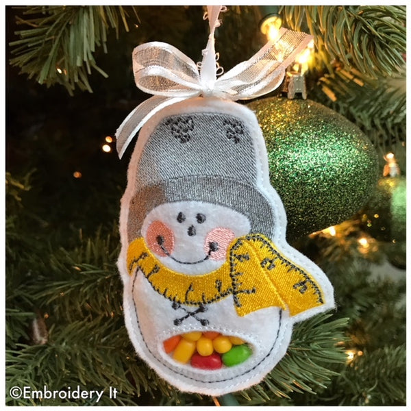 sewing snowman candy holder and Christmas ornament  in the hoop design